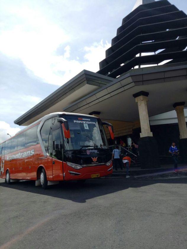 Bus Pariwisata Malang Bali Murah