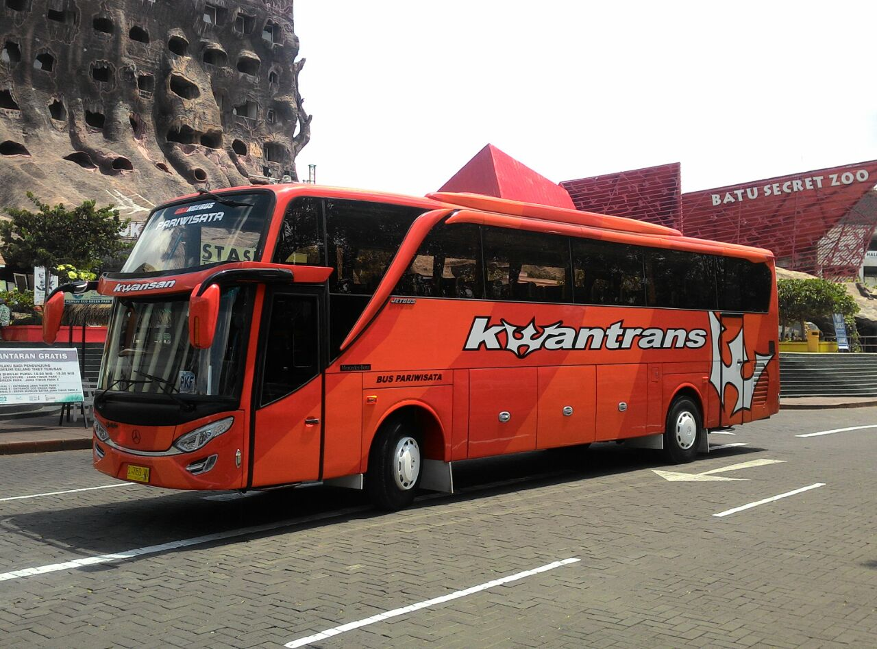 Kwantrans Orange tour Batu Screet Zoo