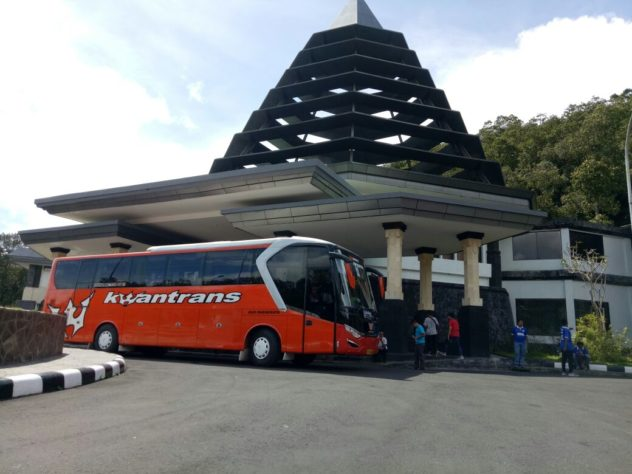 Sewa Bus Pariwisata Malang Bali
