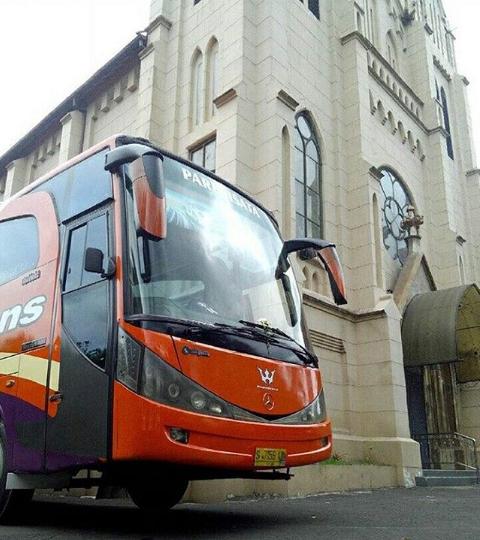 Bus Pariwisata Batu Malang